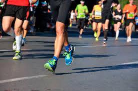 Media migliori 10 prestazioni di ogni atleta, sulla 100km